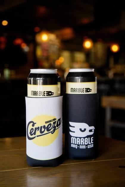 marble cerveza koozie